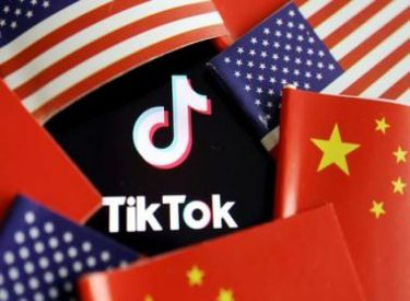 Trump to block downloads of TikTok, WeChat on Sunday