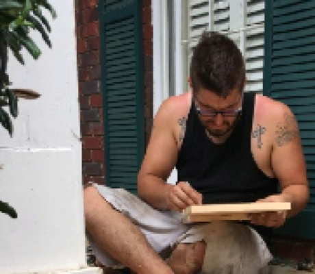 Man becomes legend for extreme acts of kindness toward strangers