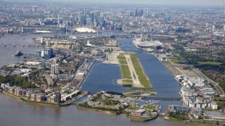 World's 10 most stunning airport approaches