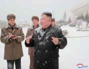 North Korea's 'socialist utopia' needs mass labor. A growing market economy threatens that