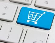 Retail Sales Miss Forecasts as Restaurant Receipts Drop