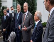 Airline CEOs plead with White House for more aid as over 30,000 face furloughs