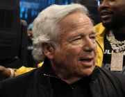 Patriots' Robert Kraft Expected to Walk as Prosecutors 'Wave the White Flag'