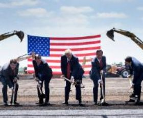 Trump call convinces Foxconn to build flat screens in Wisconsin