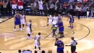 Knicks' Carmelo Anthony 'shocked' by child's hug during game